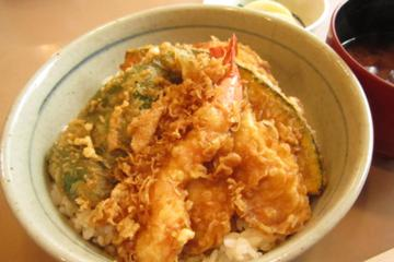天丼(小鉢、味噌汁、お新香付) 1,220円