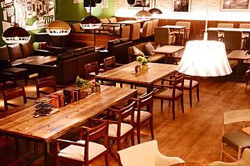 #702 CAFE&DINER