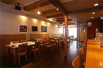 レストラン 七番館