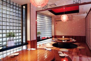 551蓬莱 新川食堂店