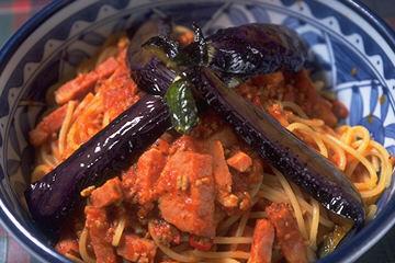 茄子と挽き肉のピリ辛スパゲティ 1780円
