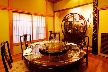 品格ある個室は接待や記念日の食事会に人気