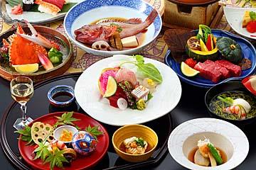 季節の食材を愉しめる懐石料理例