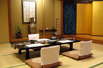 接待や宴会にも利用できる広々とした座敷スペース