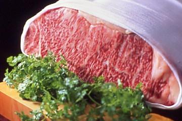 世界でも定評の神戸牛は、兵庫の風土に培われた自然の賜物