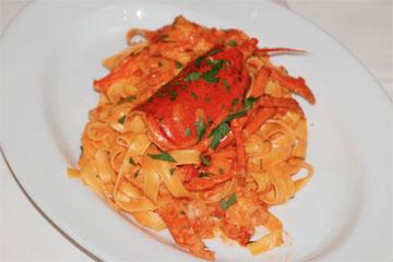 オマール海老のフェットチーネトマトソース