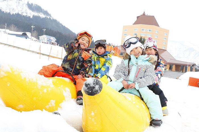 【舞子スノーリゾート】キッズの雪あそびデビューに最適のゲレンデ!