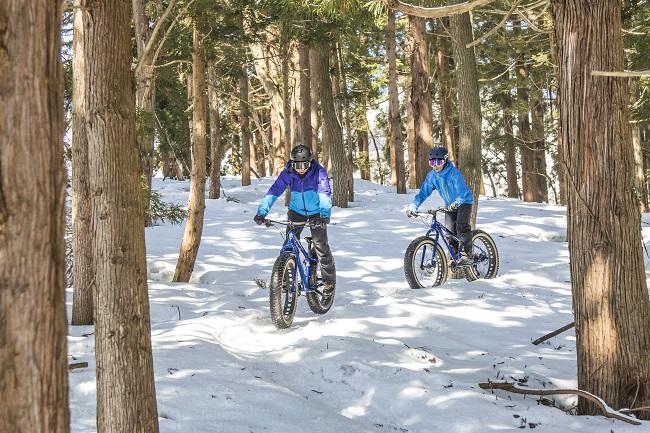 全長800mの雪ちゃり専用コースは、一度味わったら超絶ハマるおもしろさ!