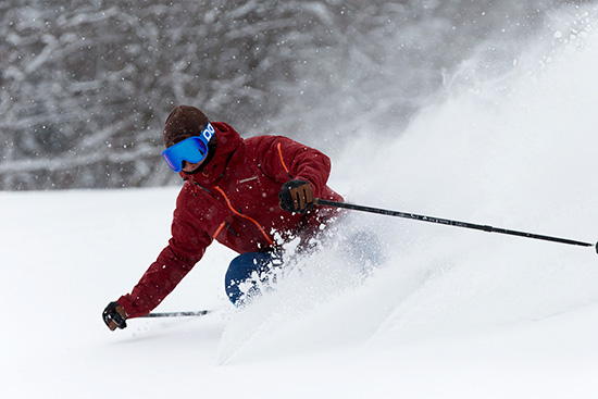 降雪があった朝のパウダーはリピーター多数!