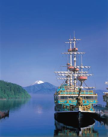 箱根観光船(海賊船)