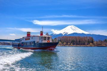 河口湖遊覧船「アンソレイユ号」・本栖湖遊覧船「もぐらん!」