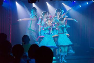 横浜マリンロケット ものまねダンスショーレストラン